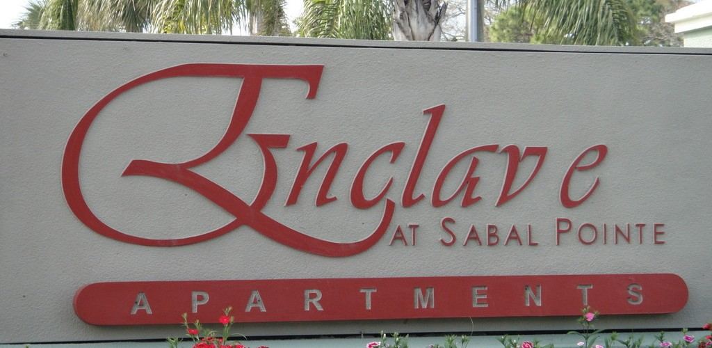 Entrada - Enclave at Sabal Pointe