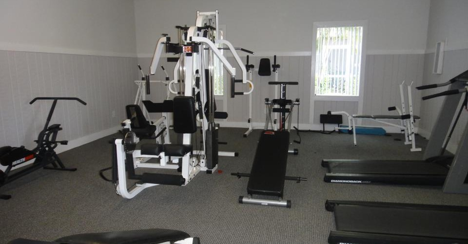 Gimnasio - Enclave at Sabal Pointe